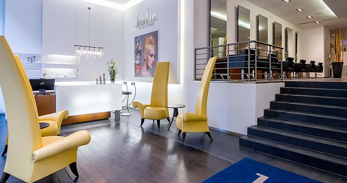 Salon JeanLuc Paris Empfangsbereich. Photographer: Gerold Rebsch.